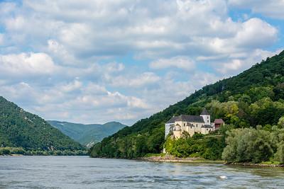 Spitz to Melk along the Danube