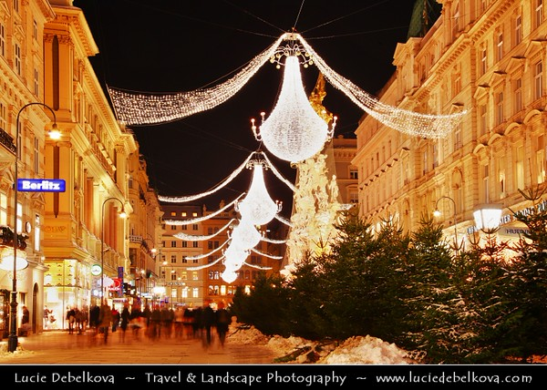 Europe - Austria - Österreich - Vienna - Wien - Der Graben - One of the most famous streets in Vienna - Exclusive & pulsating shopping street in heart of the inner city - Rich Christmas decorations - giant pear-like lamps