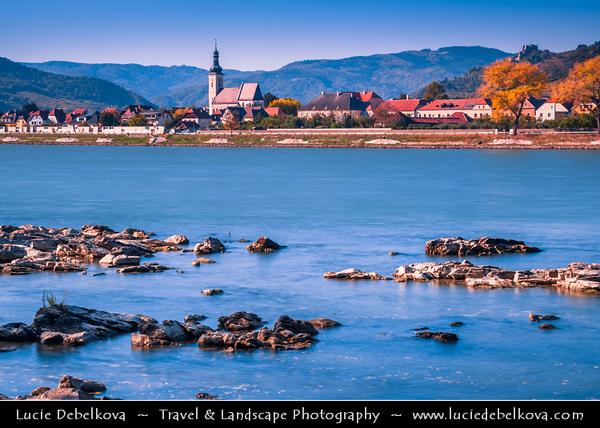 Europe - Austria - Österreich - Lower Austria - Wachau Valley - UNESCO World Heritage Area - One of Austria's most established and notable wine regions - Oberloiben - Unterloiben - Market town on shore of Danube River