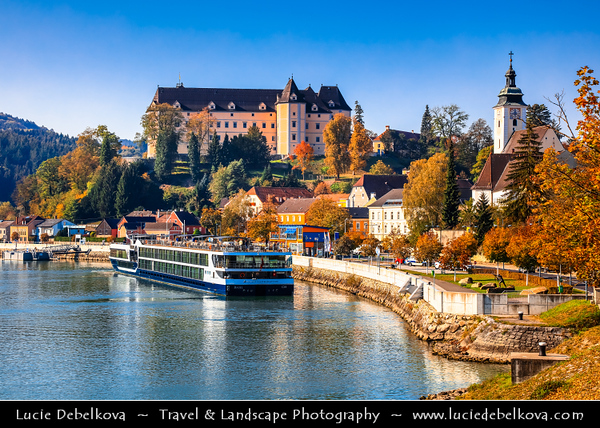 Europe - Austria - Österreich - Upper Austria - Danube River Valley - Greinburg Castle - Schloss Greinburg - Historical Castle, built in late Middle Ages, impressively located atop a hill in Strudengau region