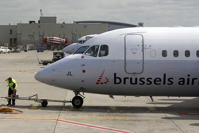 BrusselsAirlines_AVRO-146-RJ85_OO-DJL_20080811_EBBR_IMG_3878_WVB_1200px