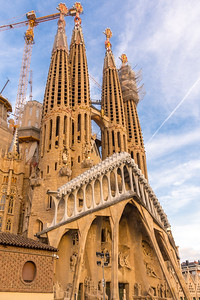 The Passion façade of La Sagrada Familia represents the crucifixion of Christ.