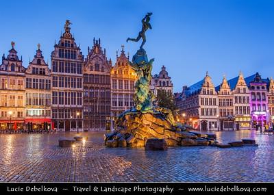 Europe - Belgium - Flanders - Antwerp - Antwerpen - Grote Markt Square with Historic Buildings & Brabo Fountain - Stadhuis & Guildhouses