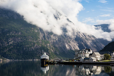 Driving from Eidfjord to our next hike, Trolltunga.