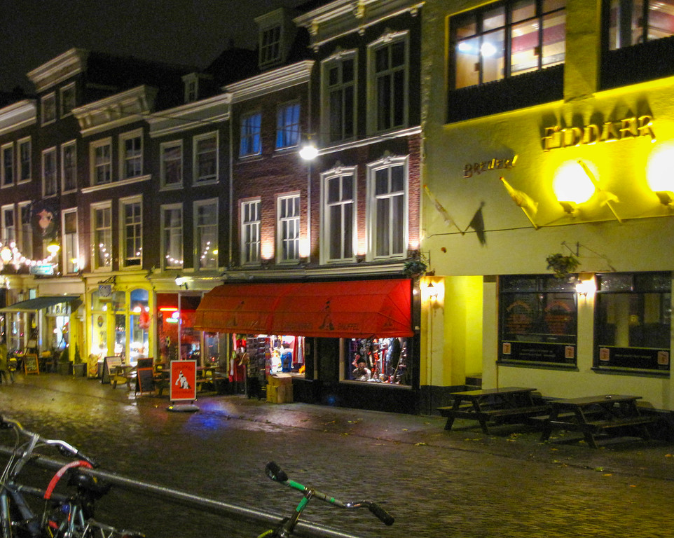 Nighttime in The Hague.