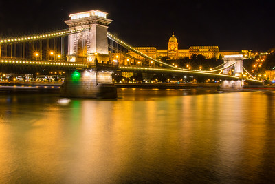 Széchenyi Chain Bridge and Buda Castle at night.