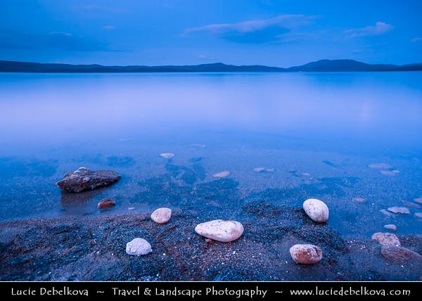 Eastern Europe - Bulgaria - България - Lake Iskar - язовир Искър - Iskar Reservoir - Bulgaria's largest inland lake - Popular weekend destination for residents of Sofia & area