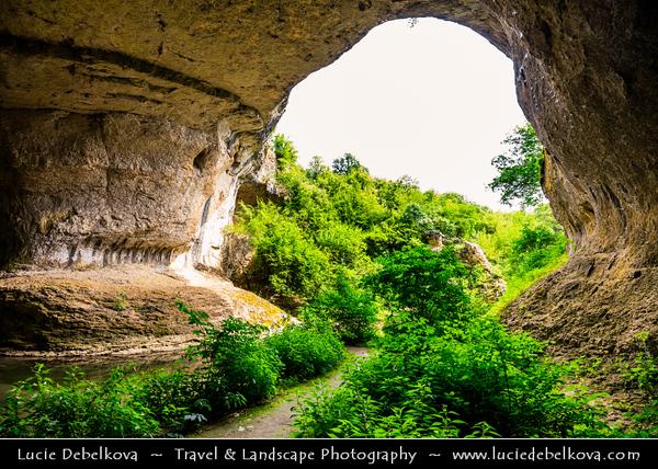Eastern Europe - Bulgaria - България - Vratsa Region - Враца - Bridge of God - Boji most - Божият Мост - Great natural phenomenon in Tchiren-Liliashki karst region - Natural arch with entrance of 20 metres high & 25 meters wide