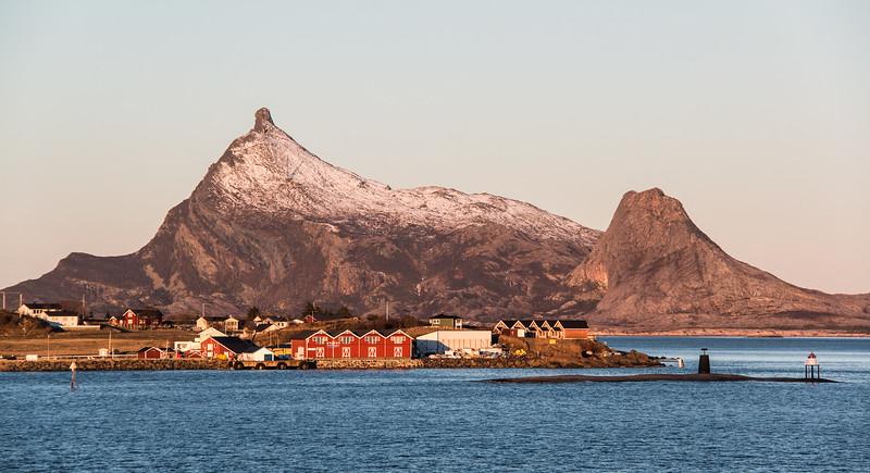 Kvarøy and Hestmannøya