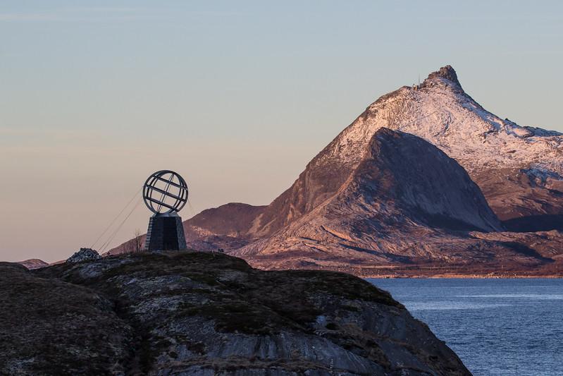 Vikingen and Hestmannøya
