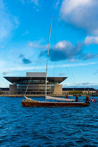 Sailing past the Copenhagen Opera House