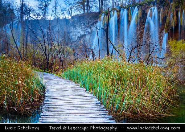 Europe - Croatia - Hrvatska - Plitvice Lakes National Park - Nacionalni park Plitvička jezera - Plitvice - UNESCO World Heritage Site - World famous for its lakes arranged in cascades - result of the confluence of several small rivers and subterranean karst rivers