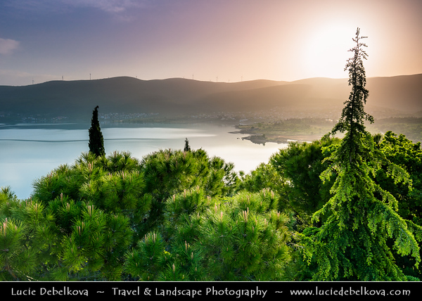 Europe - Croatia - Hrvatska - Dalmatia - Donji Karin - Pittoresque village on shores of Novigradsko More