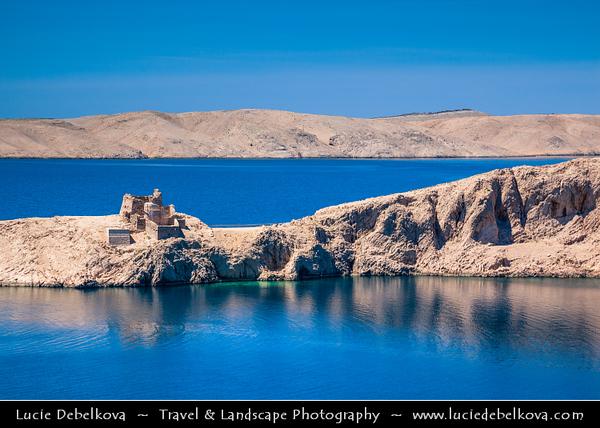 Europe - Croatia - Hrvatska - Dalmatia - Adriatic Coast - Pag - Croatian fifth-largest island and one with the longest coastline