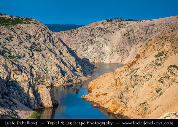 Europe - Croatia - Hrvatska - Dalmatia - Kanjon Zrmanje - Canyon Zrmanja River - Stunning area of incredible natural beauty