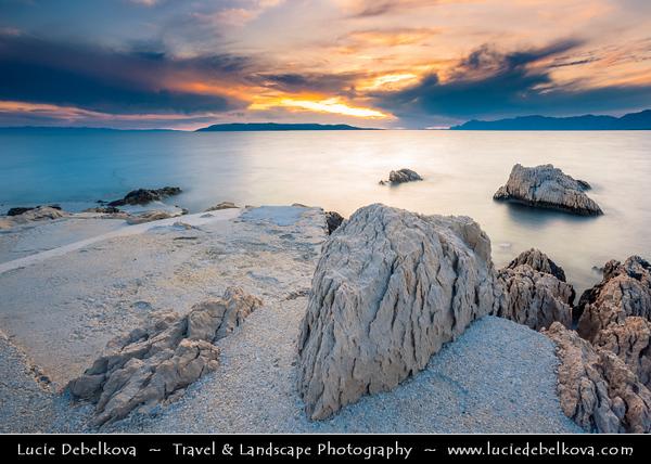 Europe - Croatia - Hrvatska - Central Dalmatia - Adriatic Coast - Makarska Rivijera - Makarska - Main beach resort built around a deep sheltered bay & backed by the dramatic rocky heights of Mount Biokovo 1762 m (5,770ft) and impressive Biokovo mountain range - Sunset