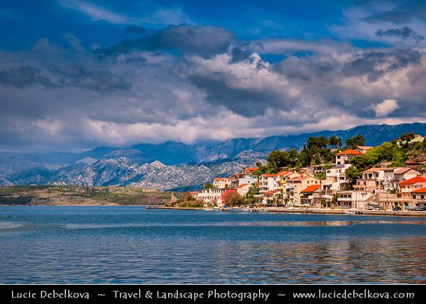 Europe - Croatia - Hrvatska - Dalmatia - Novigrad - Pittoresque town with ancient castle on shores of the Novigradsko More