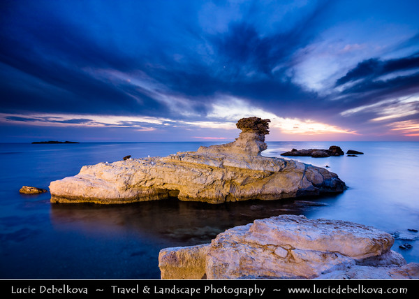Europe - Cyprus - Κύπρος - Kýpros - Third largest island in Mediterranean Sea - West Coast - Region of Paphos - Πάφος - Pafos - Baf - Agios Georgios Pegeia - Thalassines Spilies Sea Caves - Unique natural rock formations created by natural forces