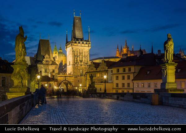 Europe - Czech Republic - Bohemia - Cechy - Prague - Praha - Capital City - Historical Centre - Prague Old Town - Staré Město Pražské - UNESCO World Heritage Site - Charles Bridge - Karlův most over river Vltava - Moldau