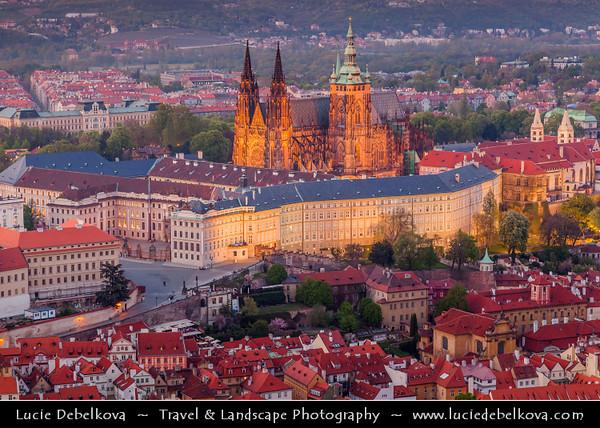 Europe - Czech Republic - Bohemia - Prague - Praha - Historical Centre - Prague Old Town - Staré Město Pražské - UNESCO World Heritage Site - Prague Castle - Pražský hrad & Saint Vitus's Cathedral - Katedrála svatého Víta