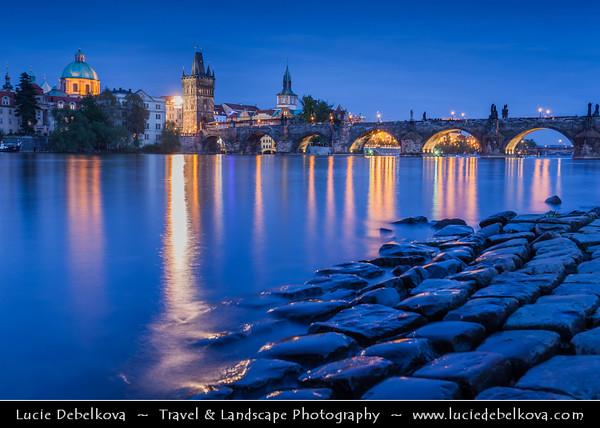 Europe - Czech Republic - Bohemia - Prague - Praha - Historical Centre - Prague Old Town - Staré Město Pražské - UNESCO World Heritage Site - Lavka & Charles Bridge from shore of Vltava River - Moldau