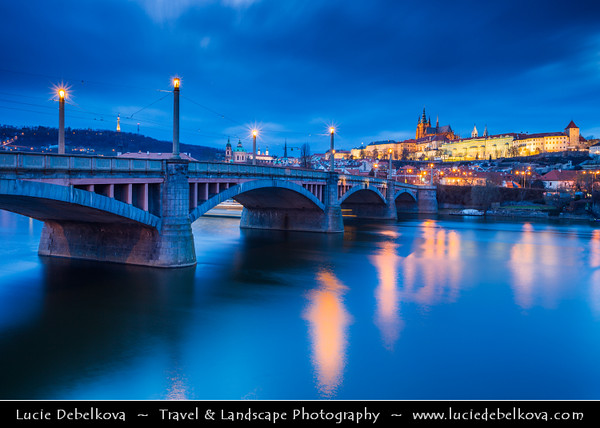 Europe - Czech Republic - Bohemia - Prague - Praha - Historical Centre - Prague Old Town - Staré Město Pražské - UNESCO World Heritage Site - Mánesův most - Manes Bridge over Vltava River & Prague Castle - Pražský hrad