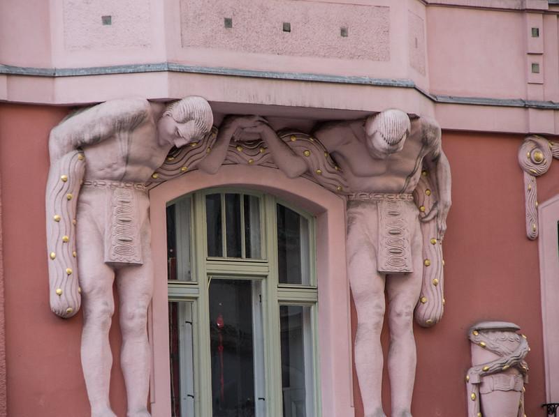 Detail, near the Spanish Synagogue<br /> Prague