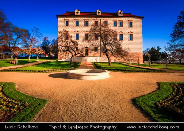 Europe - Czech Republic - Central Bohemian Region - Středočesky kraj - Benátky nad Jizerou - Zámek - Complex of Renaissance and Baroque chateau buildings from early 16th century with church on the site of a former monastery