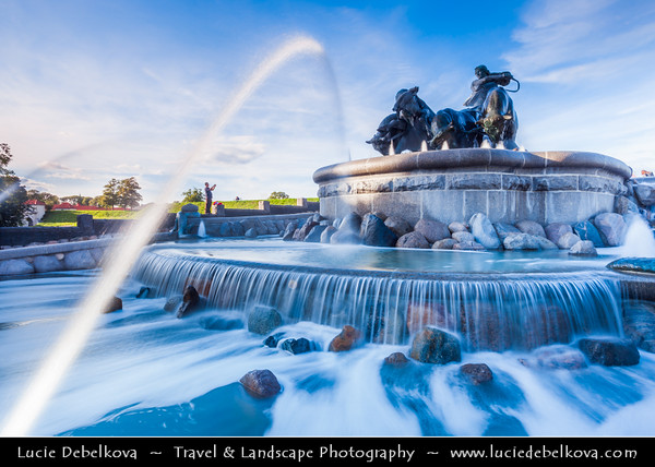 Denmark - Copenhagen - Kopenhagen - København - Køpmannæhafn - Köpenhamn - Capital City - The Spectacular Gefion Fountain - Frederiksstaden