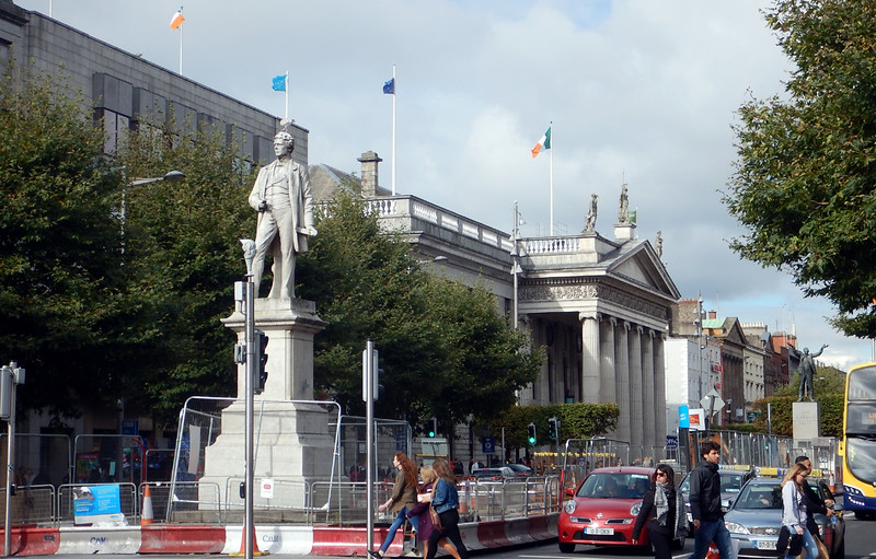 Monuments on O'Connel Street, Dublin main thoroughfare. There are new rail lines going in, so there was a lot of construction going on while we were there. The white stature in the foreground honors Sir John Gary, a prominent former Dublinler.