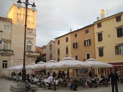 plaza_cafes