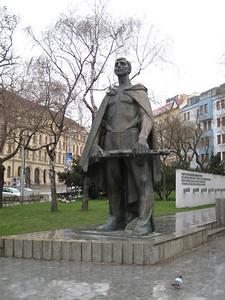 statue_02