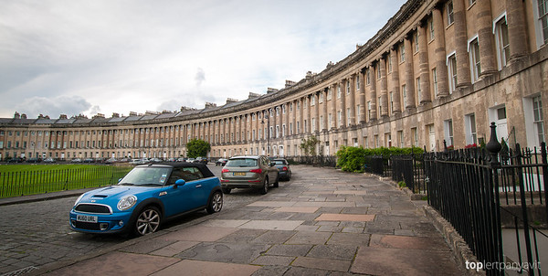 Royal Crescent in Bath.