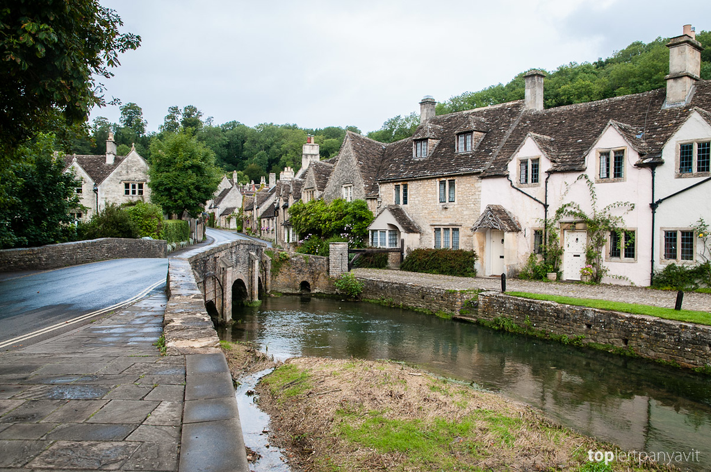 Town of Castle Combe.