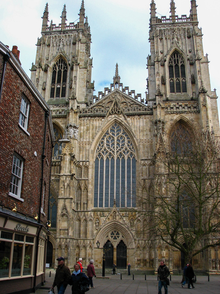 West entrance to Yorkminster