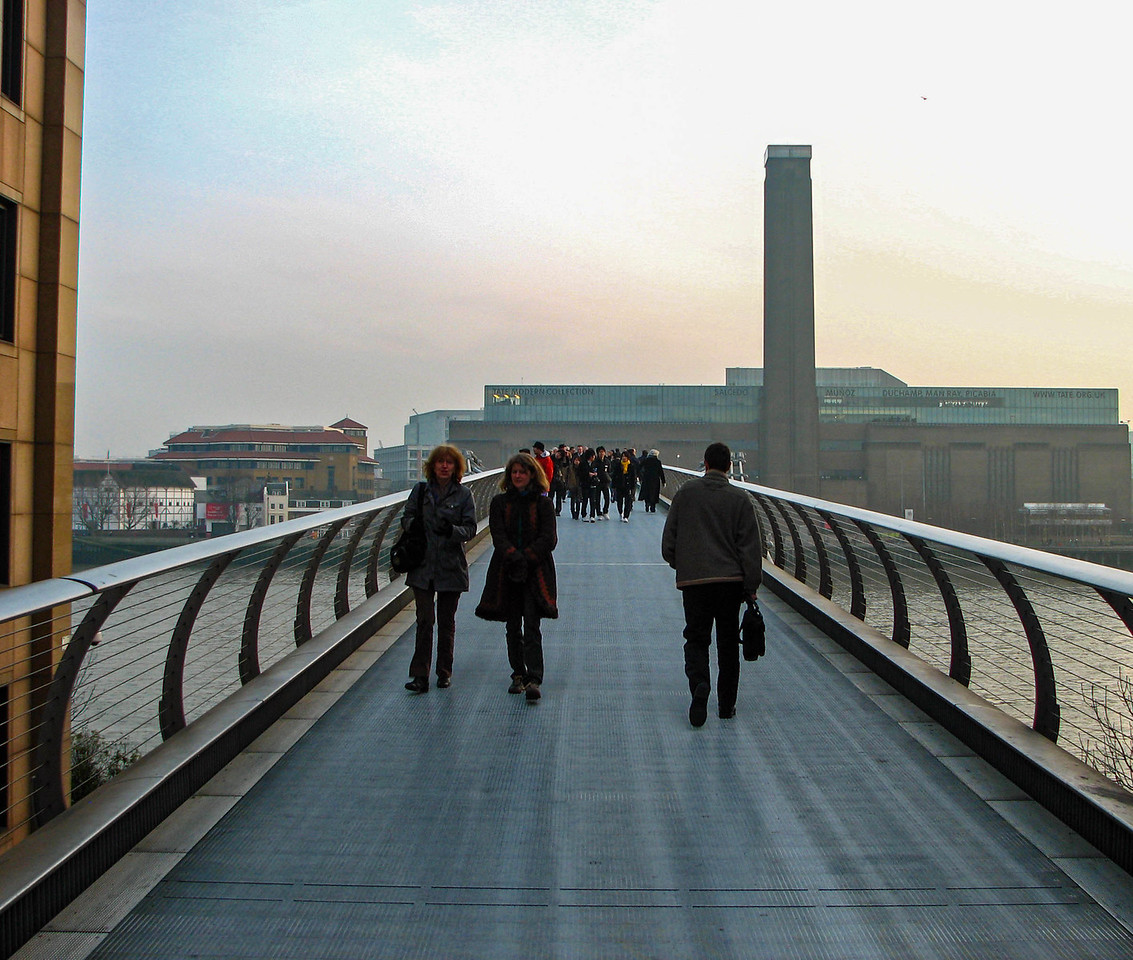 The Millennium Bridge, and the Tate Modern in the background