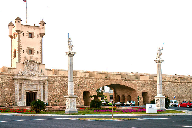 Constitution Plaza fronts the main gates into the old town and the Barrio de Santa Maria -- Las Puertas de Tierra. <br /> <br /> They were designed in the 16th century but much of the original structure is gone. The gates were remodelled in the 20th century to allow for modern traffic.