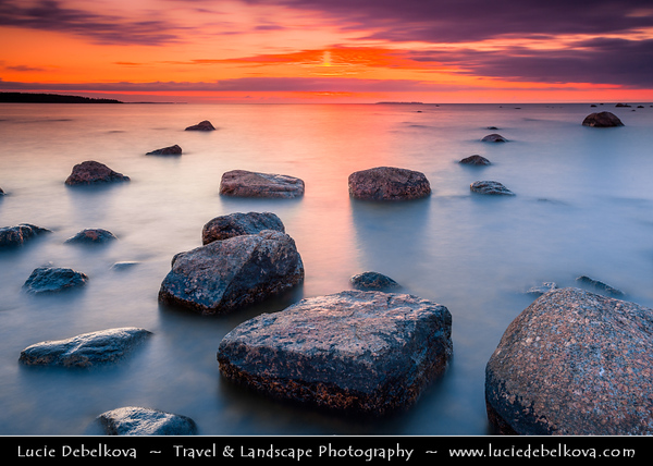 Europe - Estonia - Harju County - Lahemaa National Park - Boulders in Käsmu at Gulf of Finland - Baltic coast - Largest field of stones in Estonia, the big Uustalu Suurekivi - Summer Sunset