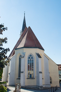 Gothic Pfarrkirche, founded in the fifteenth century