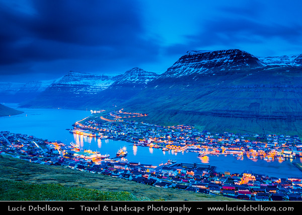 Europe - Faroe Islands - Faroes - Føroyar - Færøerne - Island group & archipelago under the sovereignty of the Kingdom of Denmark situated between the Norwegian Sea and the North Atlantic Ocean - Island of Borðoy - Bordoy - Bordø - Klaksvík - Klaksvig - Capital of the Northern Islands & second largest town of the Faroe Islands - Klaksvík town spans over two opposite mountain ridges, connected by a low-lying area where two inlets meet