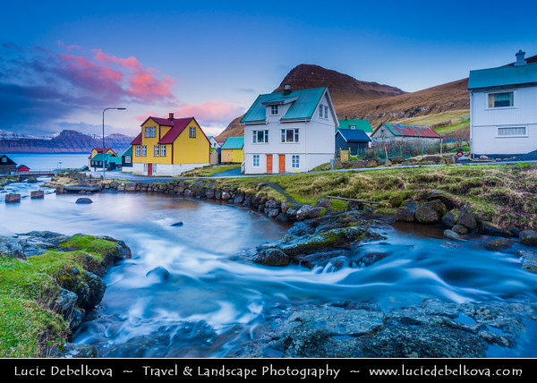 Europe - Faroe Islands - Faroes - Føroyar - Færøerne - Island group & archipelago under the sovereignty of the Kingdom of Denmark situated between the Norwegian Sea and the North Atlantic Ocean - Island of Eysturoy - Gjógv - Traditional village located on the northeast tip Eysturoy