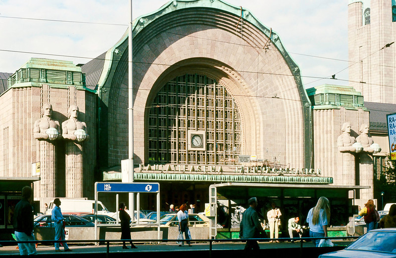 The Rutatieasema Jarnvagsstation sees about 200,000 people a day using its railroad, metro and bus services. The first station was built here in 1860.<br /> <br /> This one was built in 1910 based on a design by Eliel Saarinen who after much success in his homeland later moved to the US where he designed Cranbrook Academy outside of Detroit which was built to be an American Bauhaus.