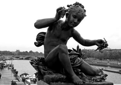 Statue on Pont Alexander III