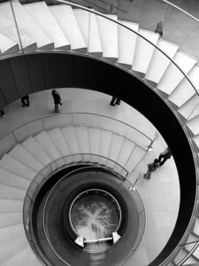 Escaliers en Musée du Louvre  , Paris France