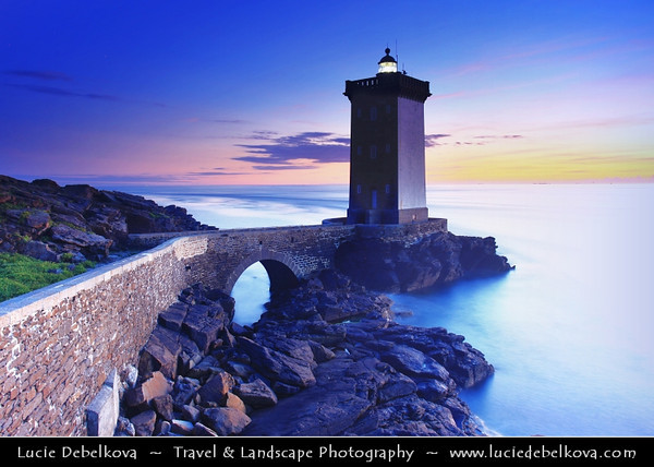 Europe - France - Bretagne - Brittany - Finistere - Le Conquet city - Kermorvan's lighthouse on shores of Atlantic Ocean