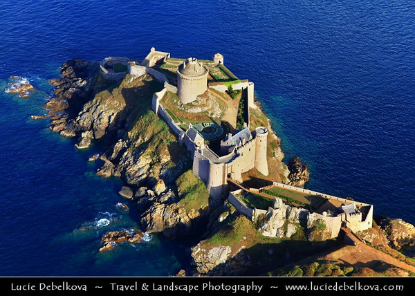Europe - France - Bretagne - Brittany - Côtes-d'Armor - Fort-la-Latte - Castle of La Latte - Impressive fortified castle located about 4 km southeast of Cap Fréhel on rocky shores of Atlantic Ocean