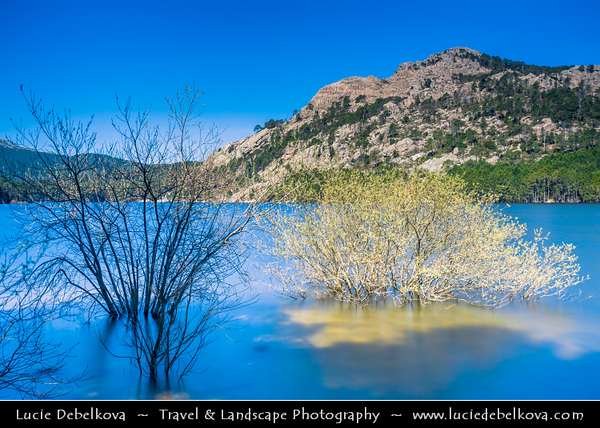 Europe - France - Corsica Island - Corse - Corse-du-Sud - Zonza & its mountainous area - Lac de l'Ospédale - Ospedale Lake