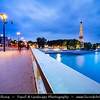 Europe - France - Paris - Capital City on Seine river - Pont de l'Alma - Alma Bridge - Arch bridge across Seine named to commemorate the Battle of Alma during the Crimean War & La Tour Eiffel - Eiffel Tower - Famous Parisienne Landmark