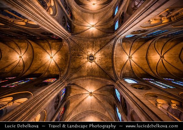 Europe - France - Paris - Capital City on Seine river -  Notre Dame de Paris - Our Lady of Paris - Notre Dame Cathedral - Iconic Gothic Catholic Cathedral on eastern half of the Île de la Cité - Famous Parisienne Landmark - Stunning interior