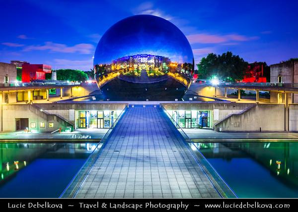 Europe - France - Paris - Capital City on Seine river - Villette - Parc de la Villette - 3rd largest Parisienne park - Cité des Sciences et de l'Industrie - City of Science and Industry - Europe's largest science museum - Géode - Omnimax Domed Theatre -